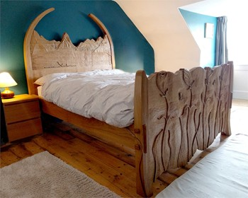Whale Jaw Bone Bed